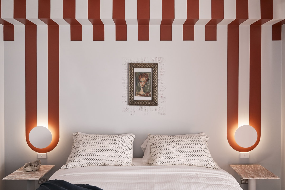 Boutique hotel lighting emphasises modern fitouts of The